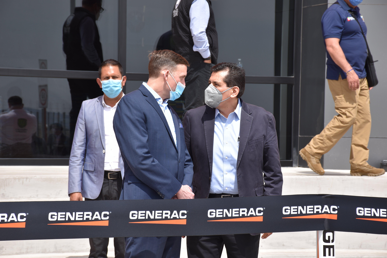 Listón-de-inauguración-Generac-Villa-de-Tezontepec