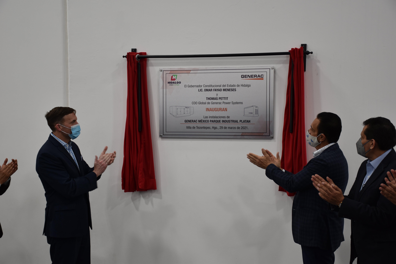 Placa-de-inauguración-Generac-México-Tezontepec